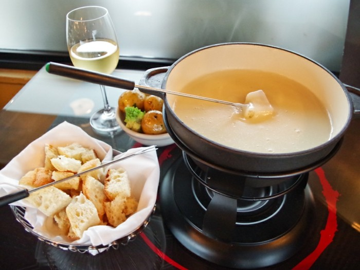 cheese-fondue-idee-repas-romantique-simple-repas-de-st-valentin