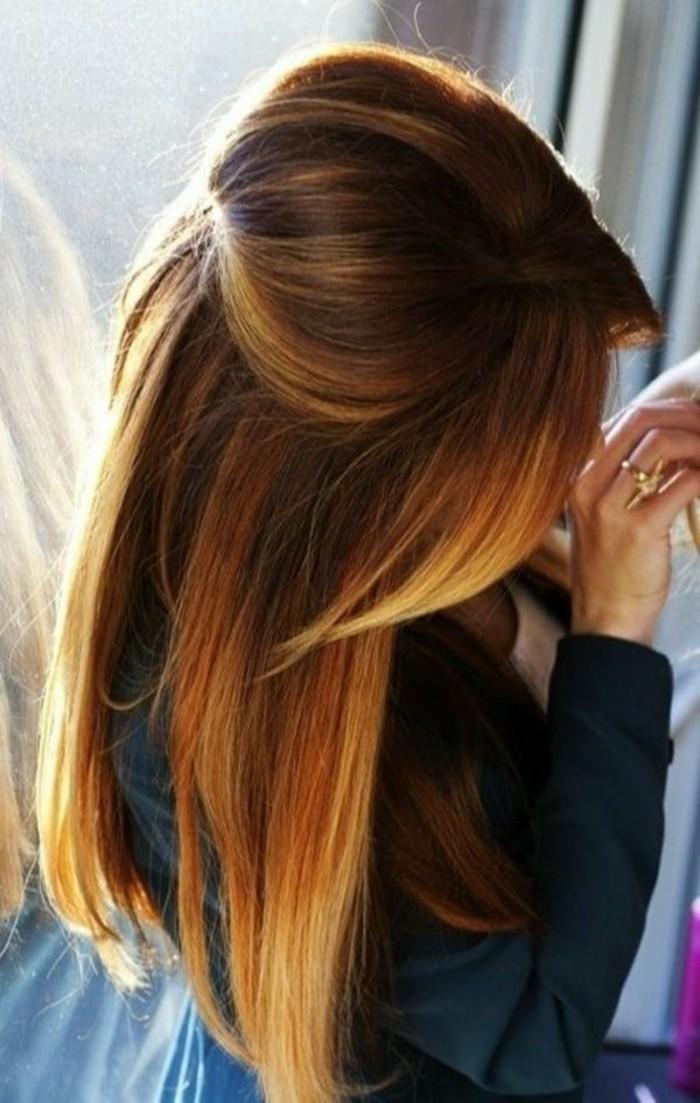 cheveux-chatain-avec-des-nuances-en-chatain-clair-vers-blond-femme-coiffure
