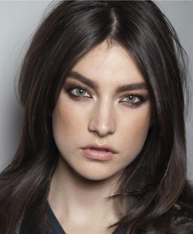 cheveux-chatain-marron-fonce-les-meilleures-coupes-de-cheveux-femme-tendances