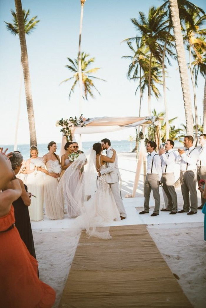 chique-tenue-robe-mariee-boheme-chic-mariage-au-bord-de-la-mer