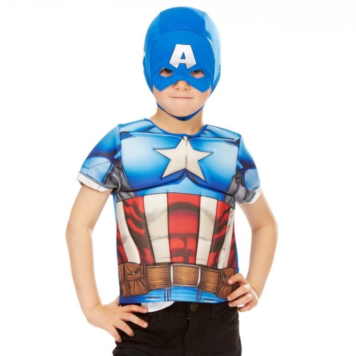 costume-enfant-en-bleu-kiabi-au-masque-visage-resized