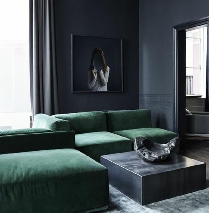 couleur-anthracite-pour-votre-deco-salon-gris-canapes-verts-table-grise-tableau-interessant