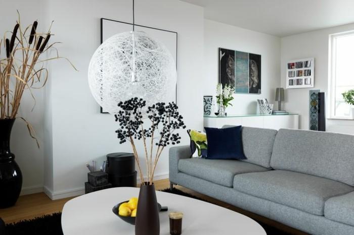 couleur-peinture-salon-blanc-canape-gris-table-blanche-deco-table-marron-ambiance-tres-classique