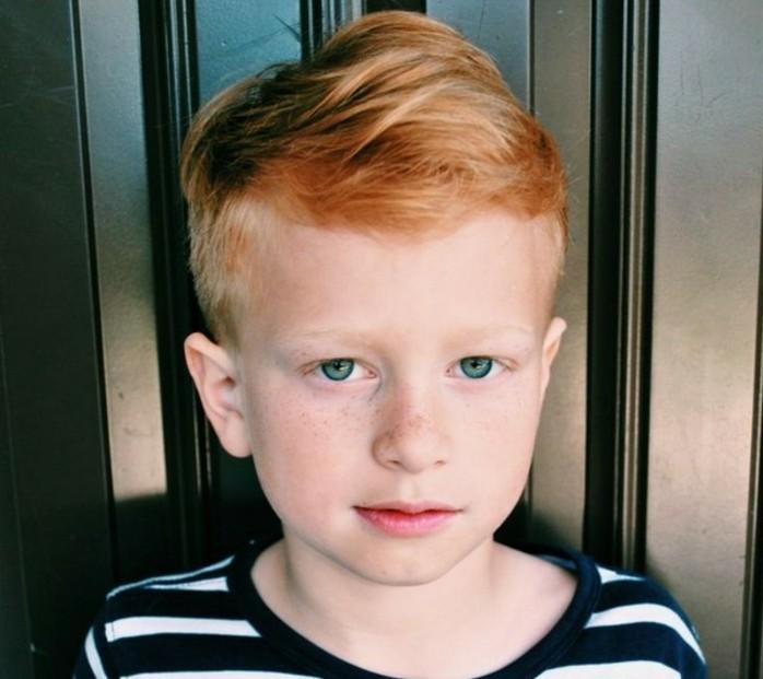 coupe-garcon-modele-undercut-pour-un-garcon-aux-cheveux-roux