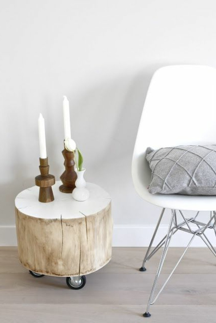 Mur En Bois Flotte : votre salon avec une table magnifique en bois et un vase ?l?gant