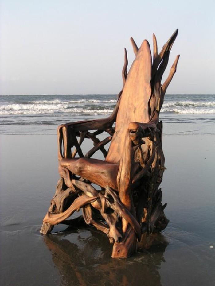 creation-en-bois-flotte-chaise-merveilleuse