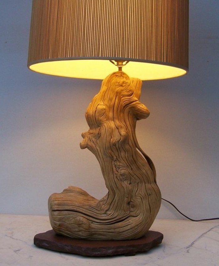 creation-en-bois-flotte-lampe-interieur-naturele