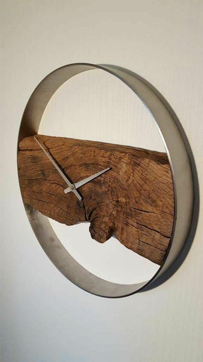 creation-en-bois-flotte-temps-ronde-acier
