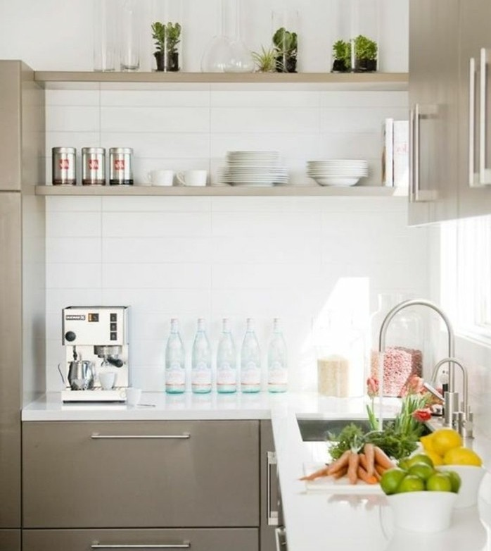 Cuisine blanche mur taupe perfect battement couleur for Cuisine mur taupe