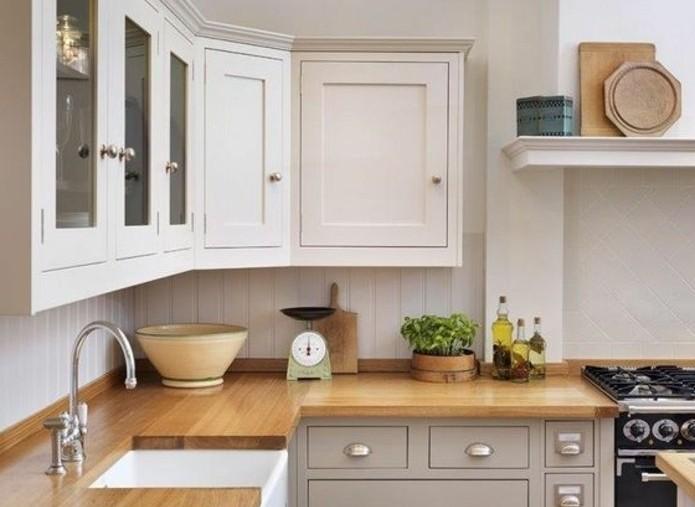 cuisine-blanche-et-grise-une-suggestion-interessant-qui-combine-le-gris-le-blanc-et-le-bois