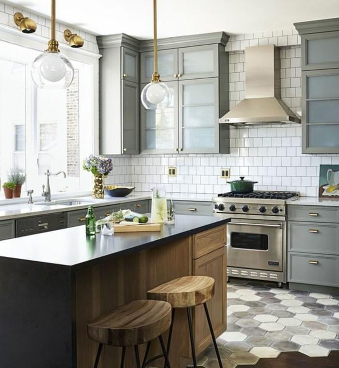 cuisine-equipee-rustique-style-placard-en-gris