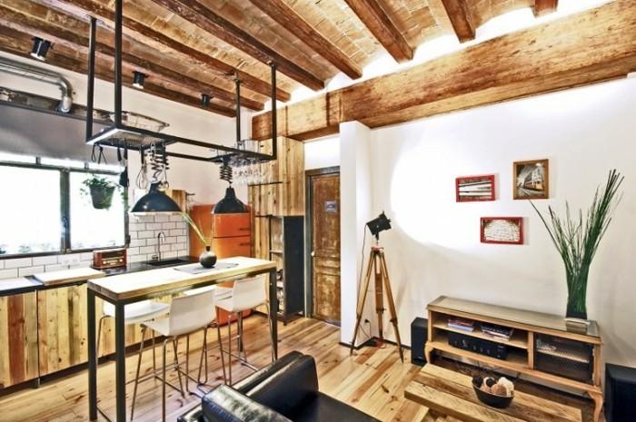 cuisine-industrielle-rustique-deco-industrielle-en-bois-plafond-et-revetement-sol-en-bois-ambiance-naturelle-et-accueillante
