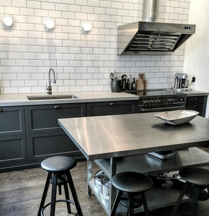 Cuisine industrielle l 39 l gance brute en 82 photos for Deco de cuisine grise