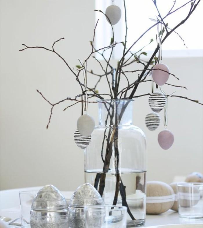 decoration-de-paques-couleurs-neutres-une-deco-plus-sobre-oeufs-decoratifs