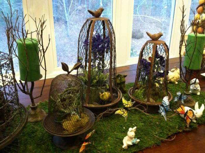 deco-paques-extraordinaire-cages-d-oiseaux-et-joli-decor-naturel-richesse-des-elements-decoratifs