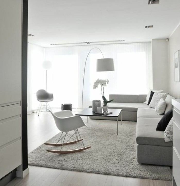 Un salon en gris et blanc c 39 est chic voil 82 photos qui for Salon gris deco