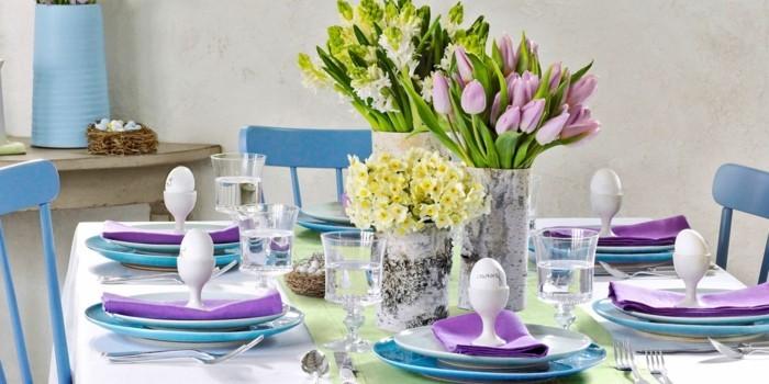 deco-table-paques-splendide-couleur-fraiches-qui-embellissent-le-decor-de-cette-salle-a-manger-rustique