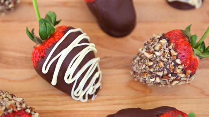 diner-romantique-recette-idee-repas-st-valentin-fraises