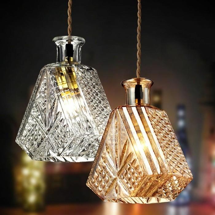lampe-originale-avec-bouteille-flacon-verre-cristal