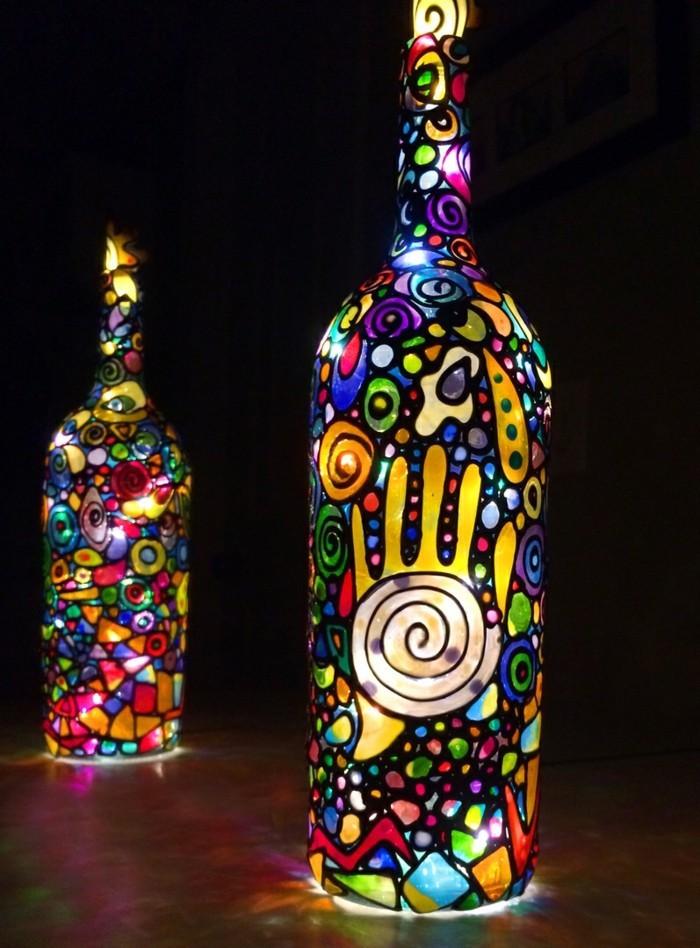 bouteille-verre-vin-peinture-art-diy-pas-cher-lampe-lanterne