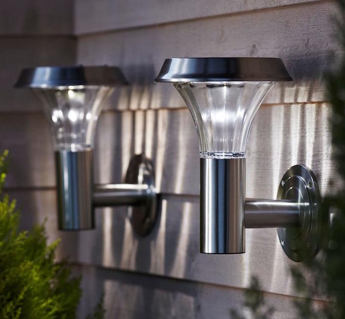 eclairage-exterieur-applique-solaire-inox