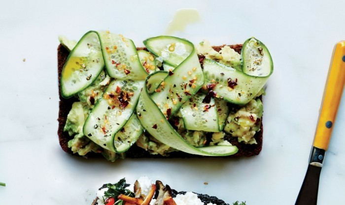 entree-crevette-et-salade-avocat-crevette-cocombres