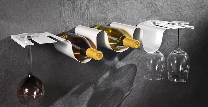 etagere-blanche-metallique-cuisine-en-metal-porte-bouteille-original-design-moderne