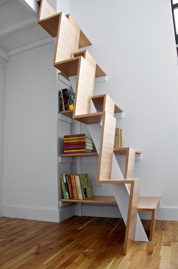 Tag re escalier sous les marches la place 44 id es design - Etageres en escalier ...
