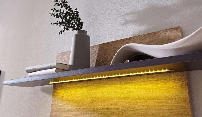 etagere-mural-bois-avec-lumiere-incrustee-idee-deco-moderne
