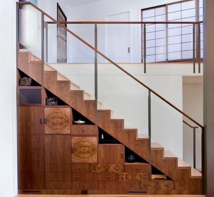 etagere-sous-escalier-bois