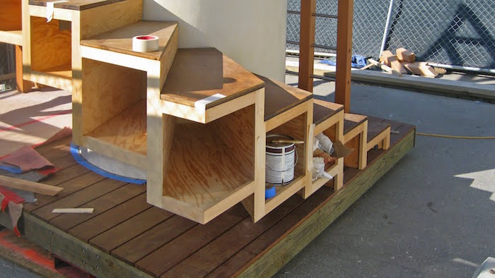 etagere-sous-escalier-bois-menuisier