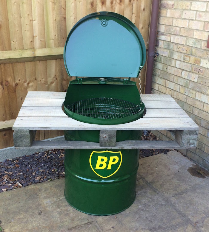 fabriquer-barbecue-tonneau-baril-palette