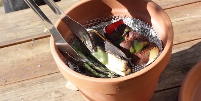 fabriquer-un-barbecue-pot-de-fleur-tutoriel-6