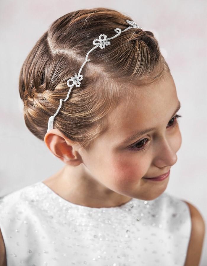 formidable-coiffure-natte-pour-la-premiere-communion-de-votre-fille-suggestion-extremement-charmant
