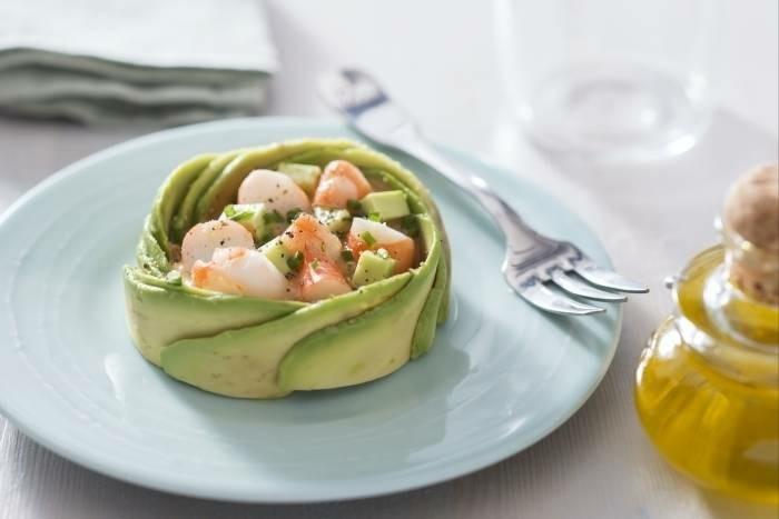 formidable-salade-pamplemousse-avocat-saumon