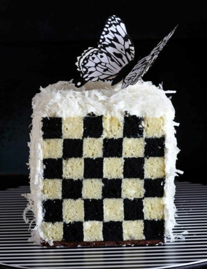 gateau-damier-design-de-gateau-noir-et-blanc-tres-style