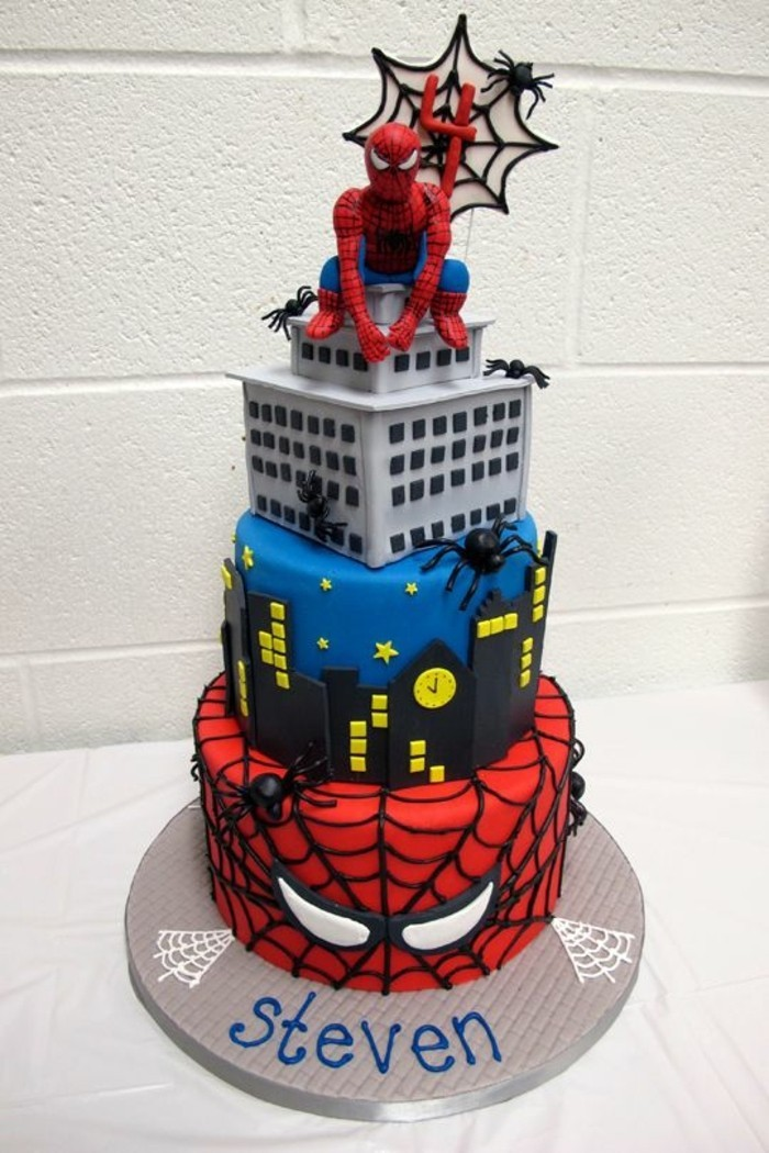 gateau-spiderman-anniversaire-de-garcon-onze-ans