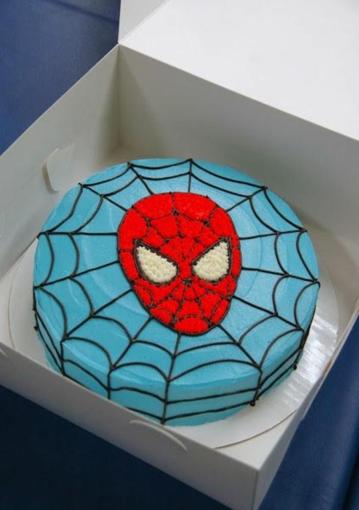 gateau-spiderman-bleu-et-rouge-gateau-original