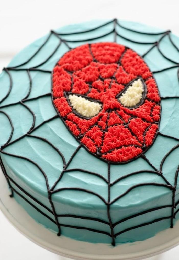 gateau-spiderman-garcon-visage-de-spiderman