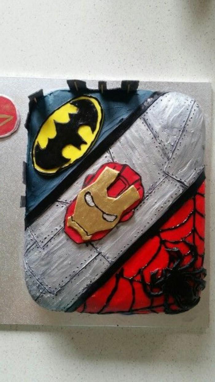gateau-spiderman-gateau-anniversaire-original-avec-super-heros