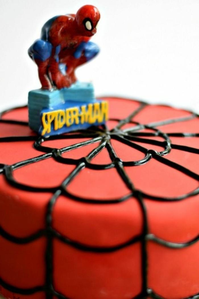 gateau-spiderman-gateaux-enfants-originaux