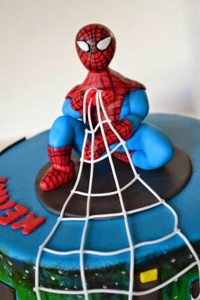 gateau-spiderman-gateaux-originaux-super-creatifs