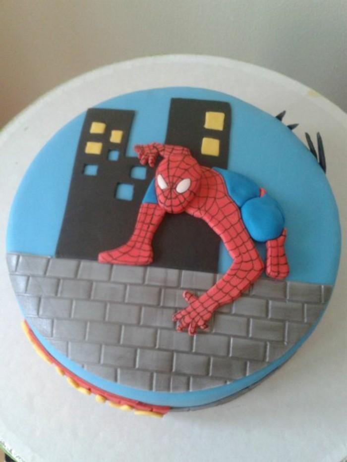 gateau-spiderman-heros-a-super-pouvoirs