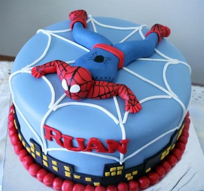 gateau-spiderman-pate-a-sucre-bleu-gateau-super-heros