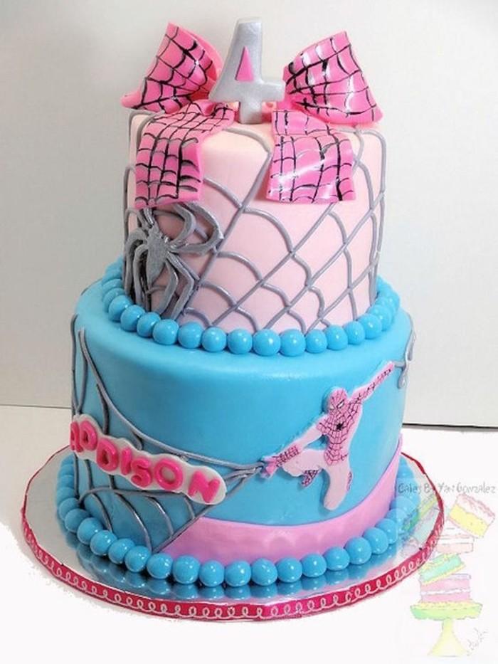 gateau-spiderman-pour-petite-fille-design-rose-et-bleu
