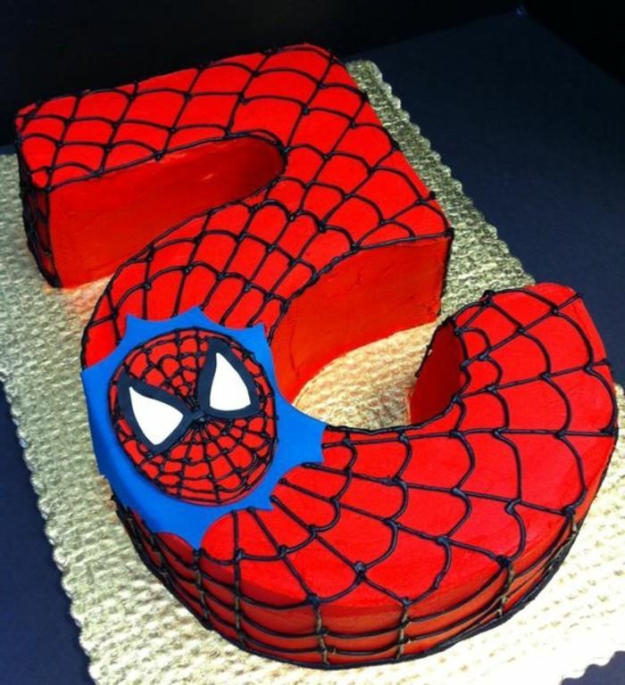 gateau-spiderman-pour-un-cinquieme-anniversaire