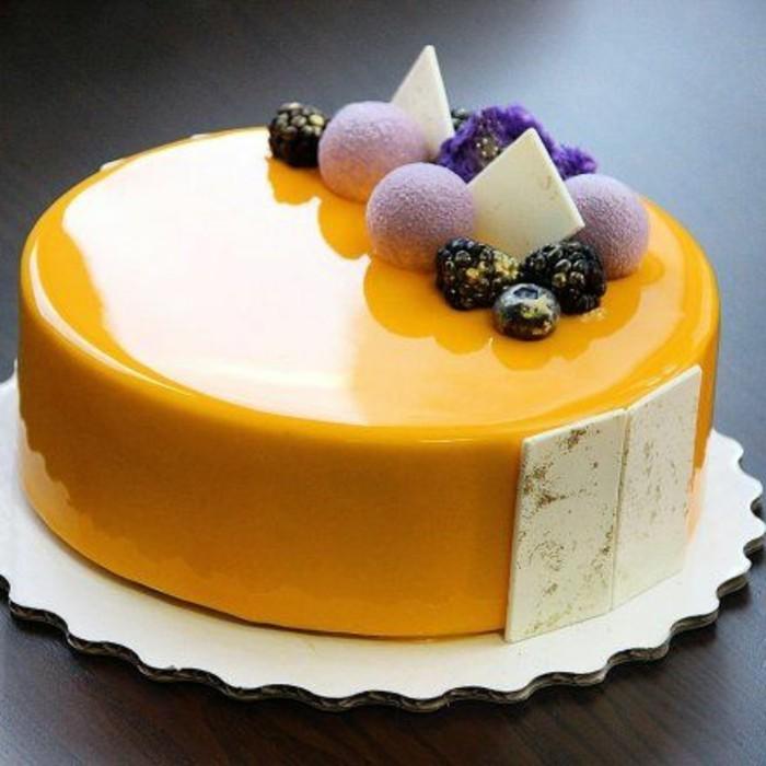 glacage-miroir-nappage-jaune-brillant-tentation-culinaire