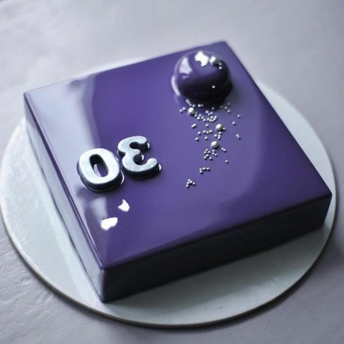 glacage-miroir-tarte-occasions-speciales-design-geometrique