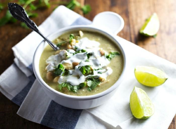 idee-bonne-sante-manger-sain-et-equilibre-soupe