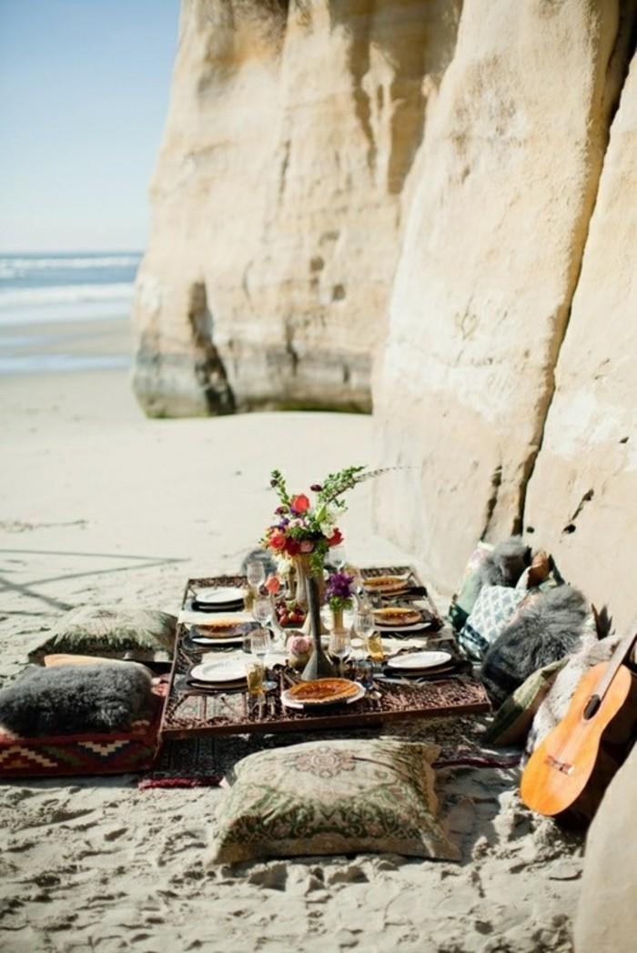 idee-deco-mariage-champetre-chic-decoration-diy-au-bord-de-la-mer-guitare
